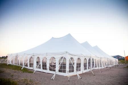 הובלת אוהל לאירוע